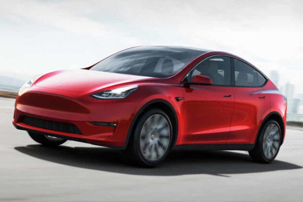 Porsche Taycan VS Tesla Model Y